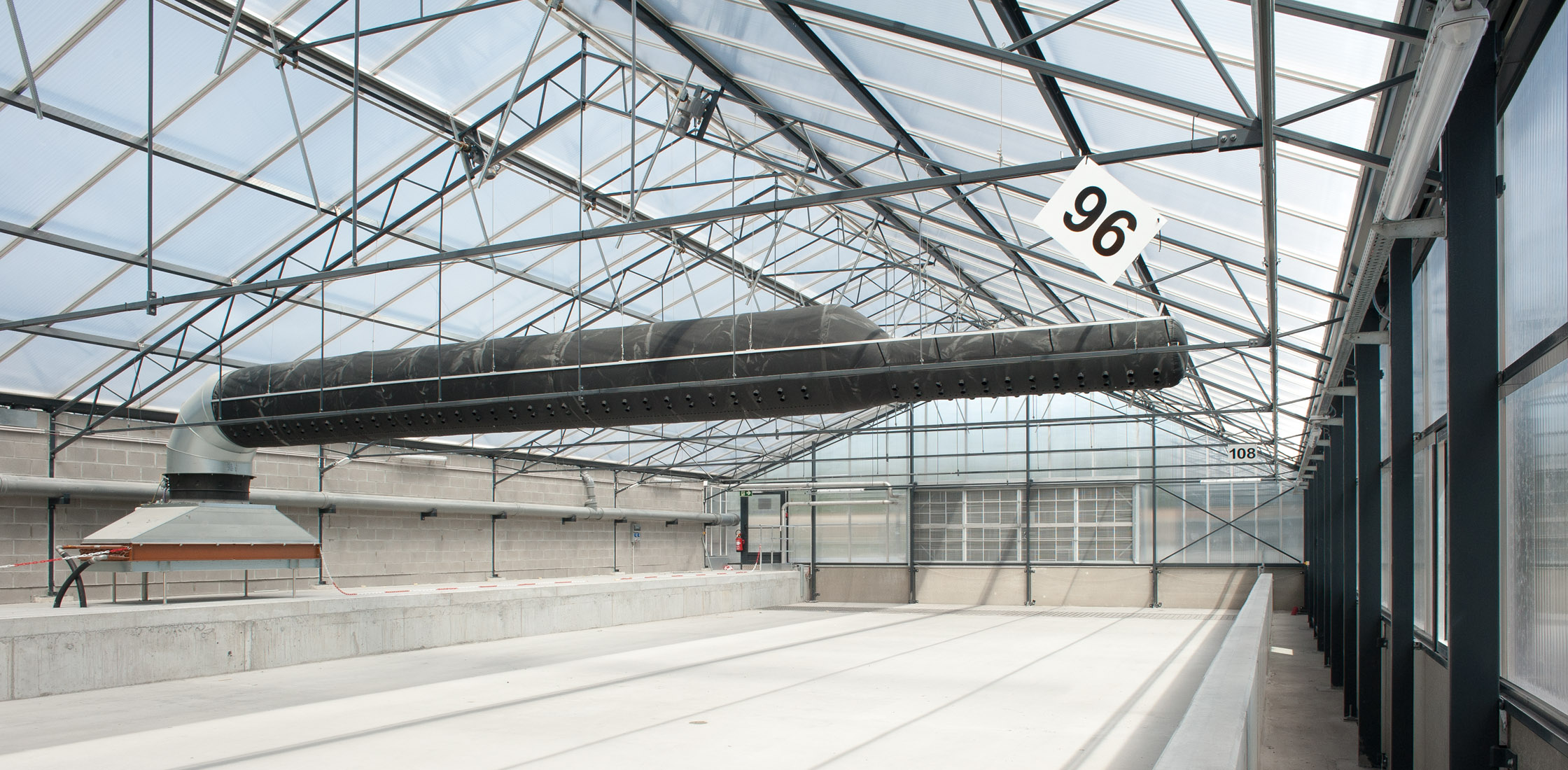 Deforche - Solar drying greenhouse